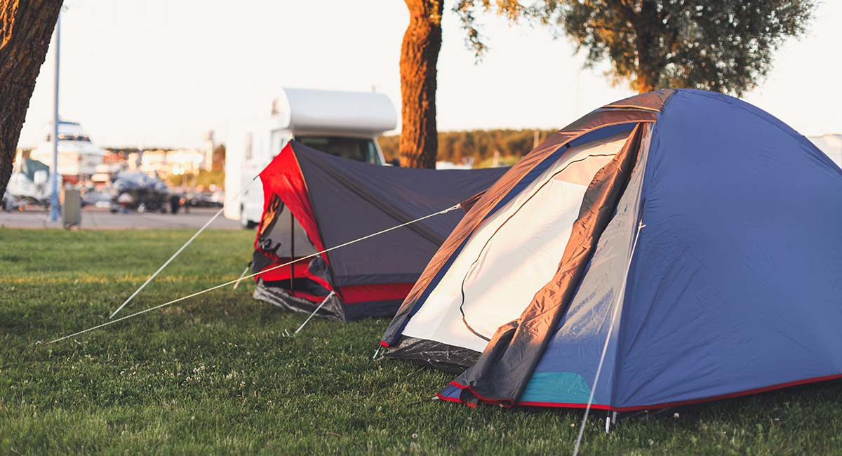 Green Camping - 4 People - Orange Zone, Tent Pitch