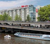 """Ibis Amsterdam Centre mit """"Ben Pon 2""""-Tribünenticket (Doppelzimmer, 1 Person)"""
