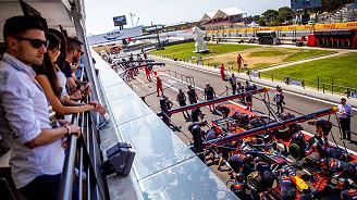 Aston Martin Red Bull Racing Paddock Club™