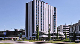 Courtyard Arena Atlas Marriott mit Stehplatzticket (Standard King, 1 Person)