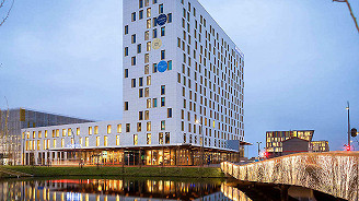 Novotel Schiphol Airport with General Admission (King Size Room, Two People)
