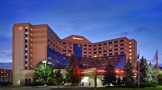 Sheraton Detroit Metro Airport - Weekend - Centre Grandstands Row 15-30