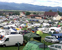Red Bull Ring Camping Gelb