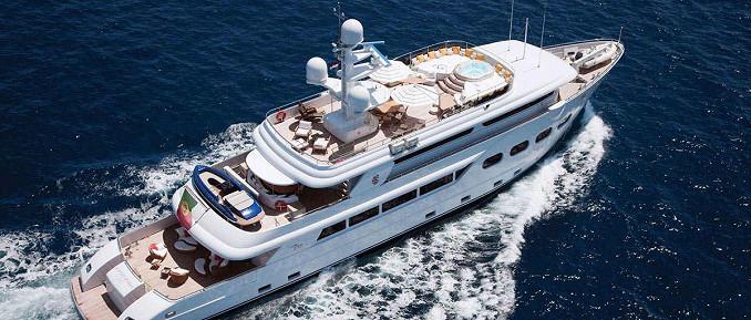 44 m VIP-Luxusjacht