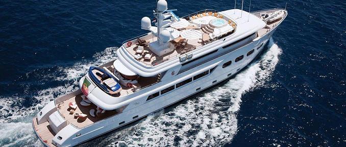 47 m VIP-Luxusjacht