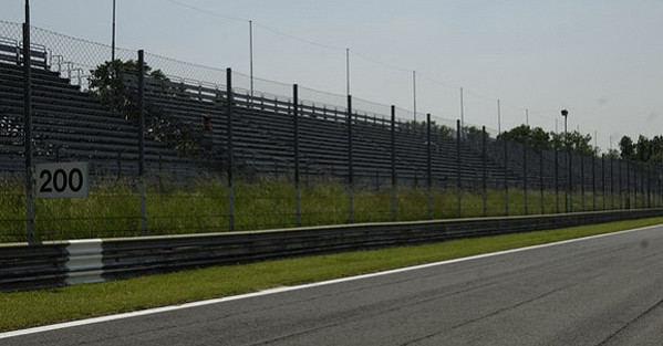 Laterale Parabolica D Grandstand