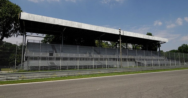 Laterale Sinistra Grandstand