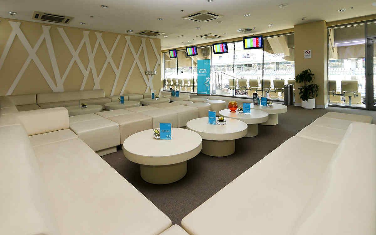 Abu dhabi yas suite main premium yas suite