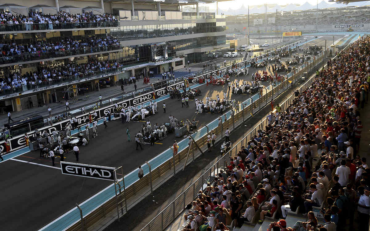 Abu dhabi yas suite main start finish