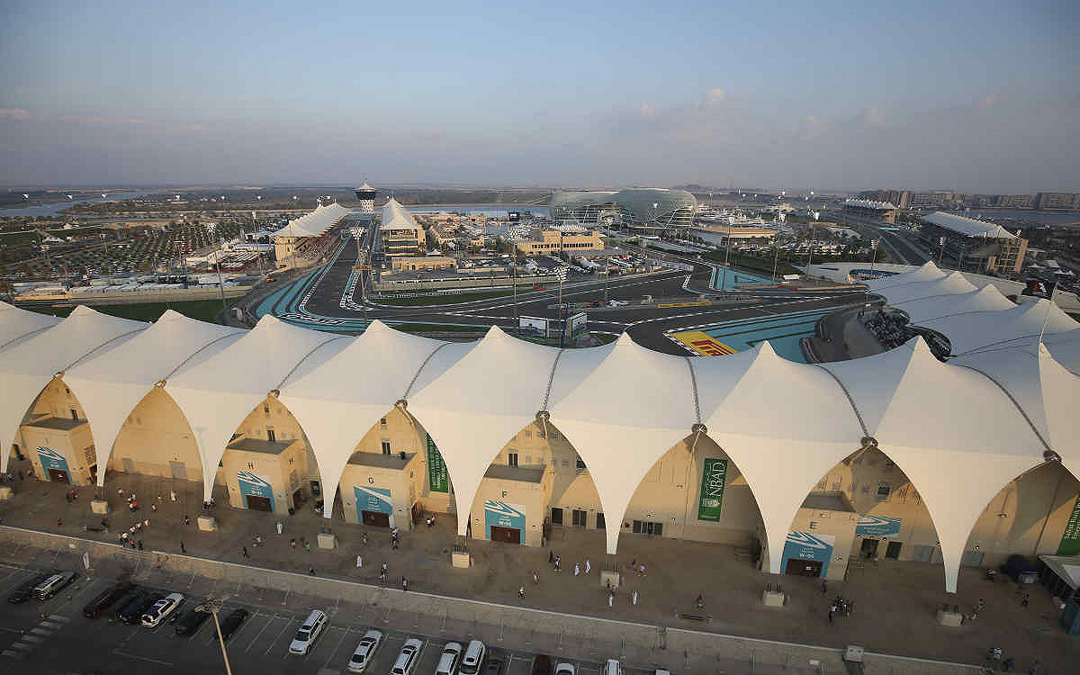 Abu dhabi yas suite west premium west view