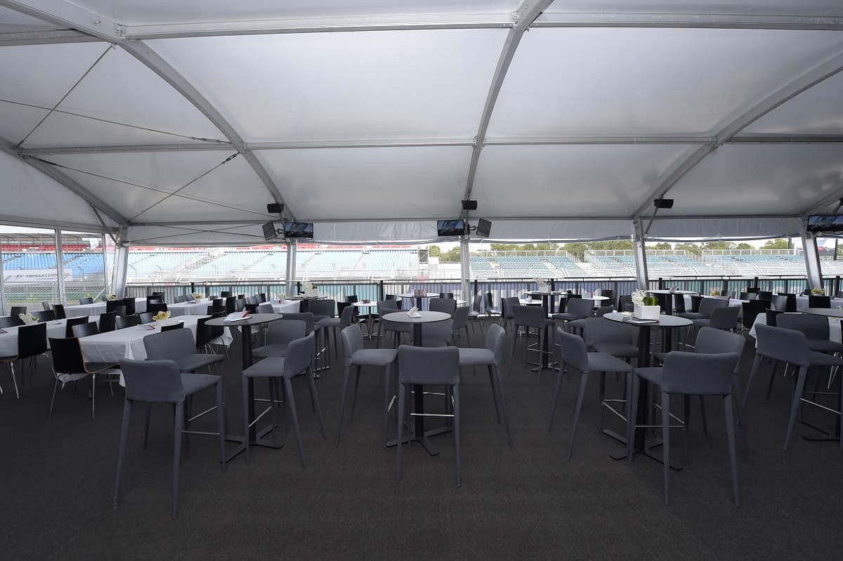 Australia pit entry victory suite suite