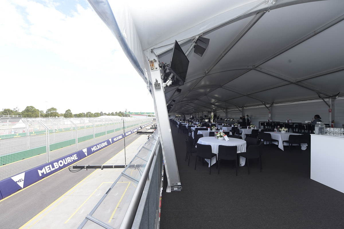 Australia pit entry victory suite suite and track view