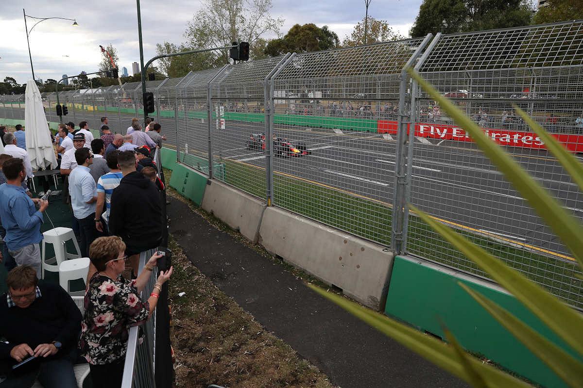 Australia spectators
