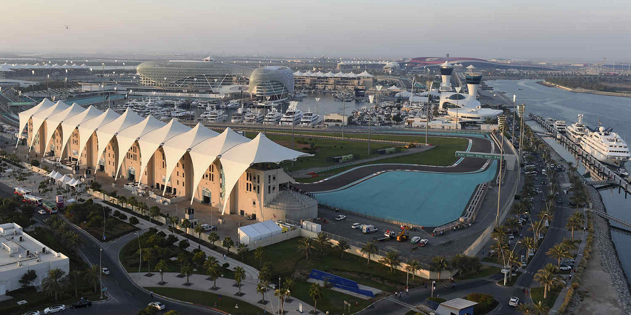 Overview of the Yas Marina Circuit, the Abu Dhabi F1 race track