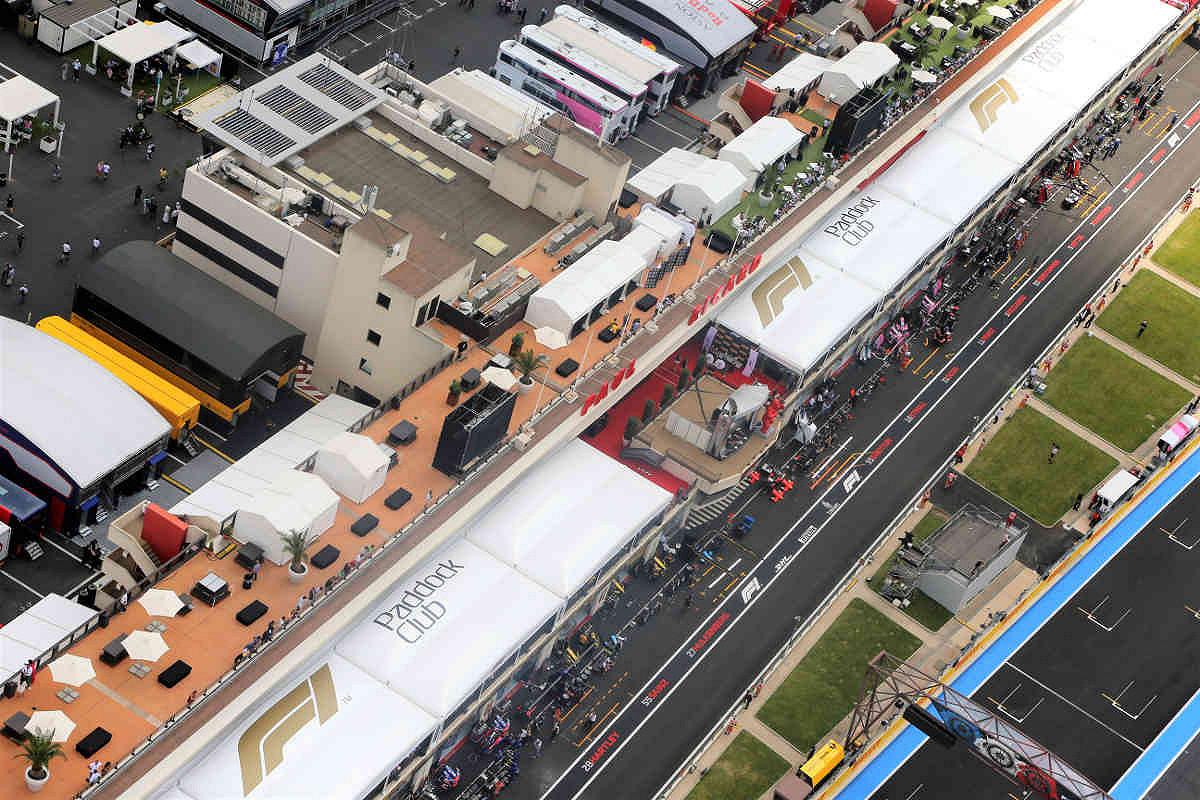 France pit lane