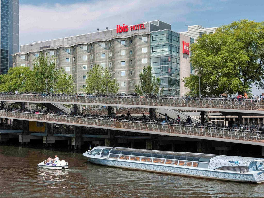 Ibis Amsterdam Centre with Tarzan in 1 Grandstand (Double Room)