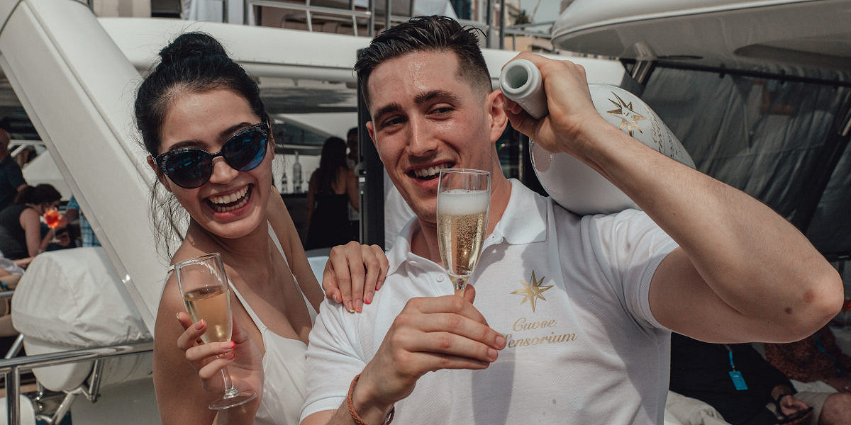 Monaco amber lounge friday yacht party flowing champagne