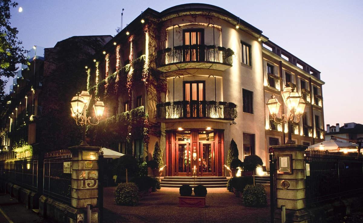 Hotels, Campings en waar te verblijven