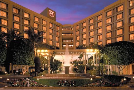 Sheraton Phoenix - Sunday & Legends Hospitality - Sections 145-154