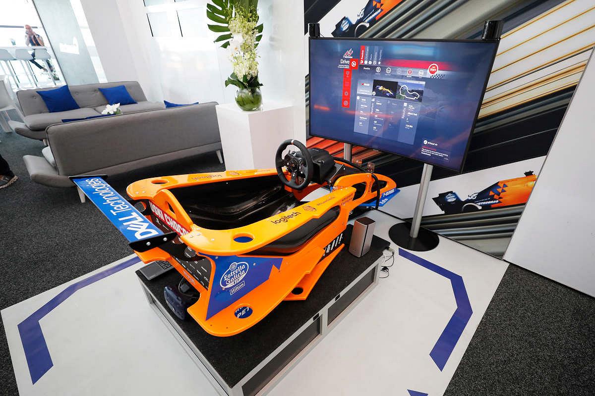 Singapore mclaren f1 experience simulator