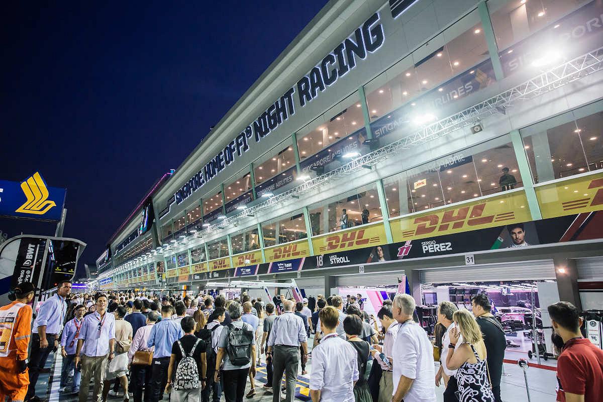 Singapore pits