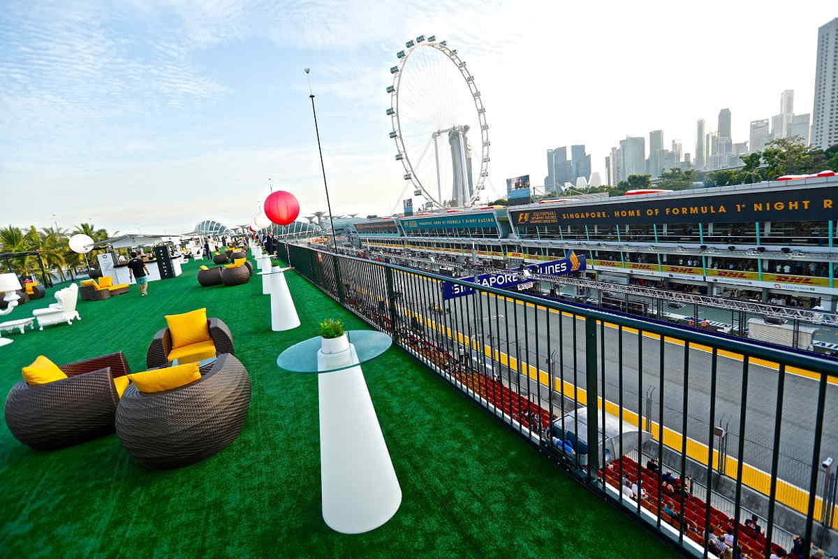 Singapore sky suite terrace view