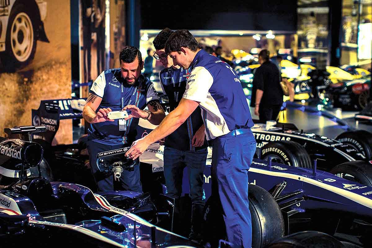 Spain williams f1 race day hospitality fans