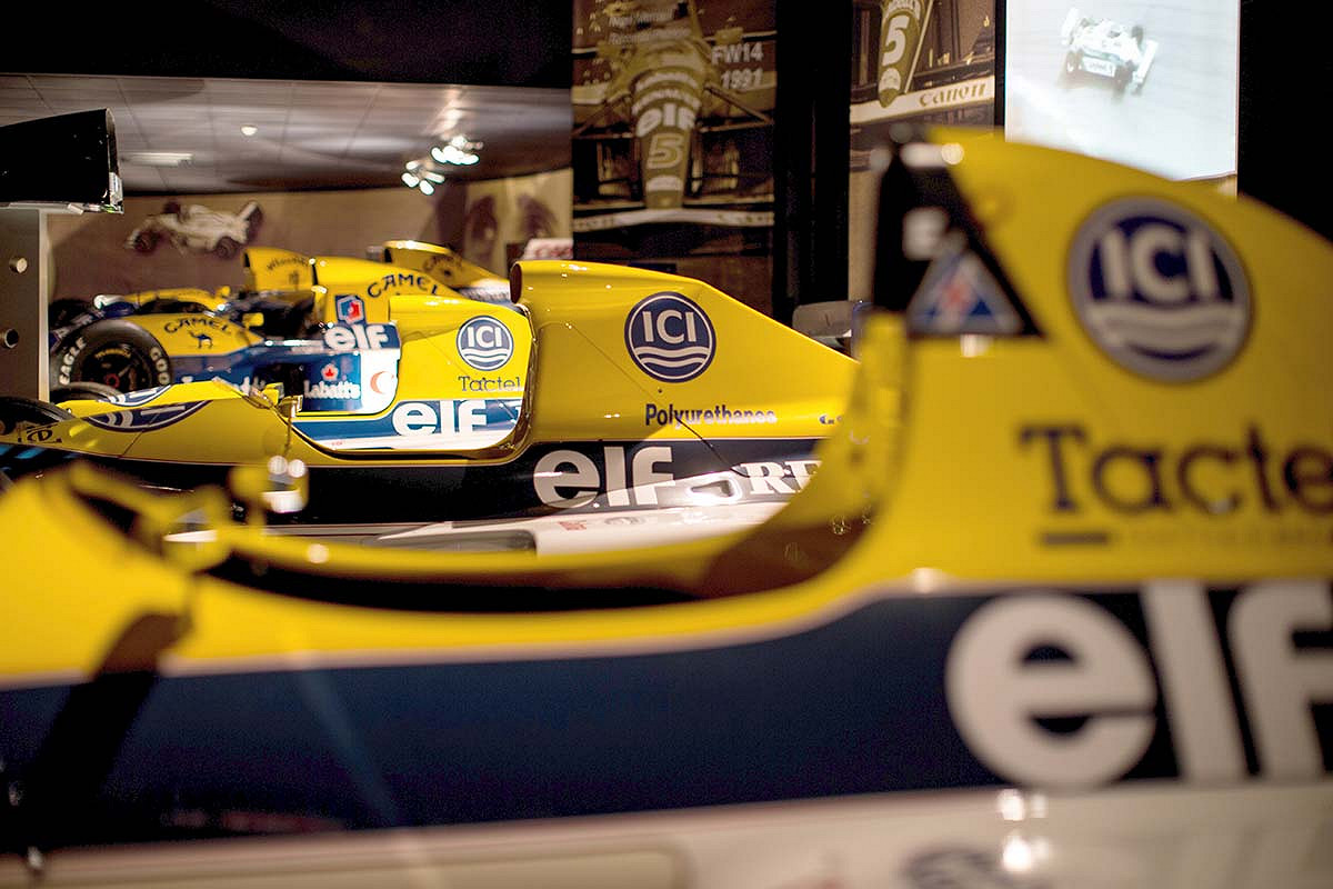 Spain williams f1 race day hospitality heritage collection