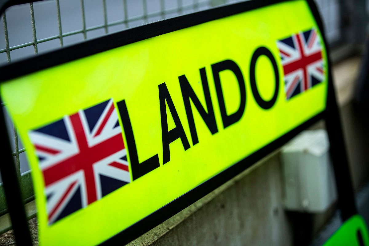 United states mclaren f1 experience lando sign
