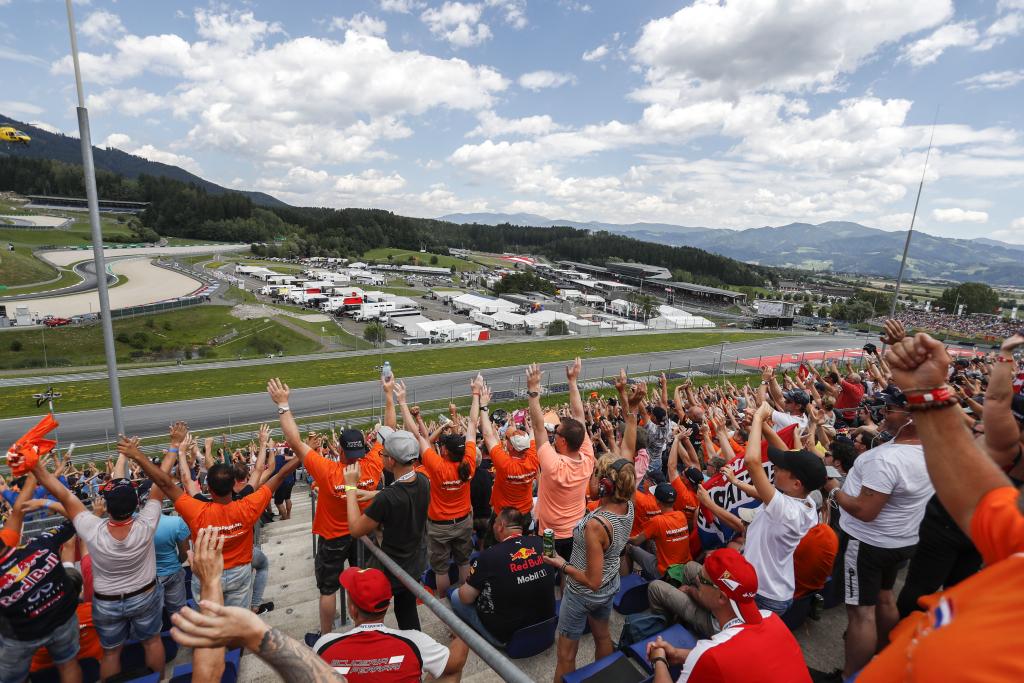 Valentino Rossi 46 Fanstand (Red Bull: LMNOP)