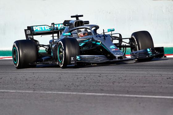 Lewis Hamilton driving a Mercedes F1 car at the Abu Dhabi Formula 1 Grand Prix